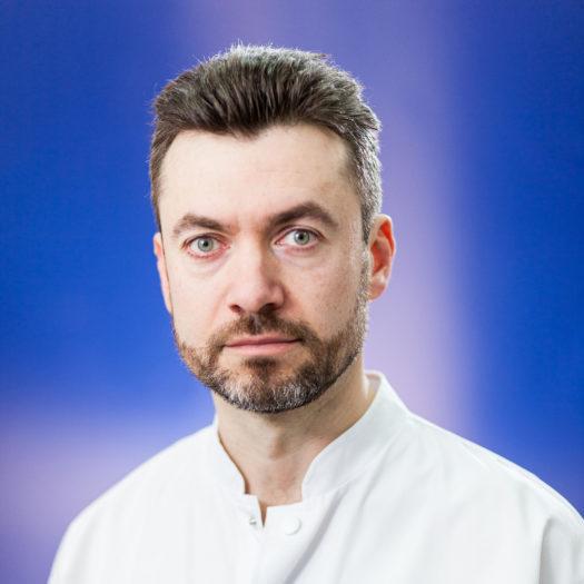 dr Eduard Ursuleanu, flebolog, flebologie, Institutul Venelor, Monza Bucuresti